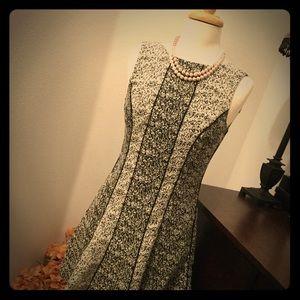 Dresses & Skirts - 💘H&M Black and White Dress